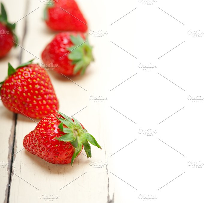 strawberries on white wood table F 005.jpg - Food & Drink