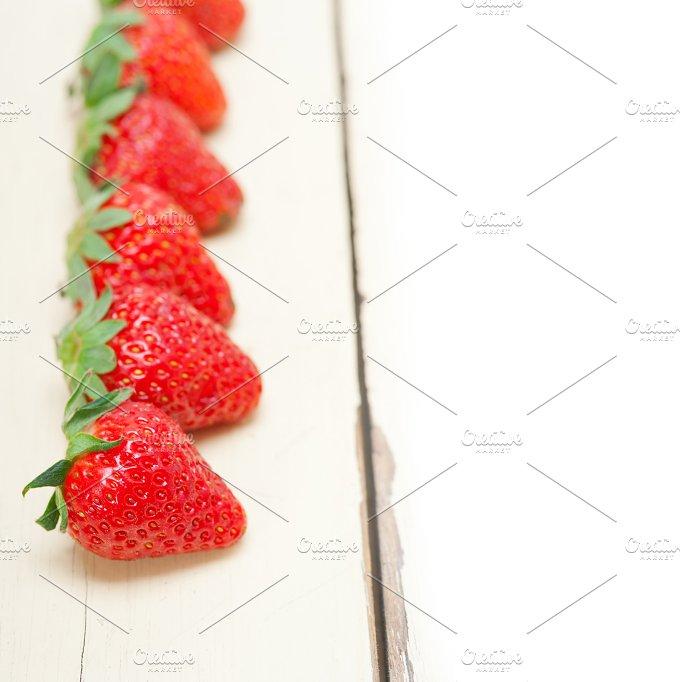 strawberries on white wood table F 018.jpg - Food & Drink