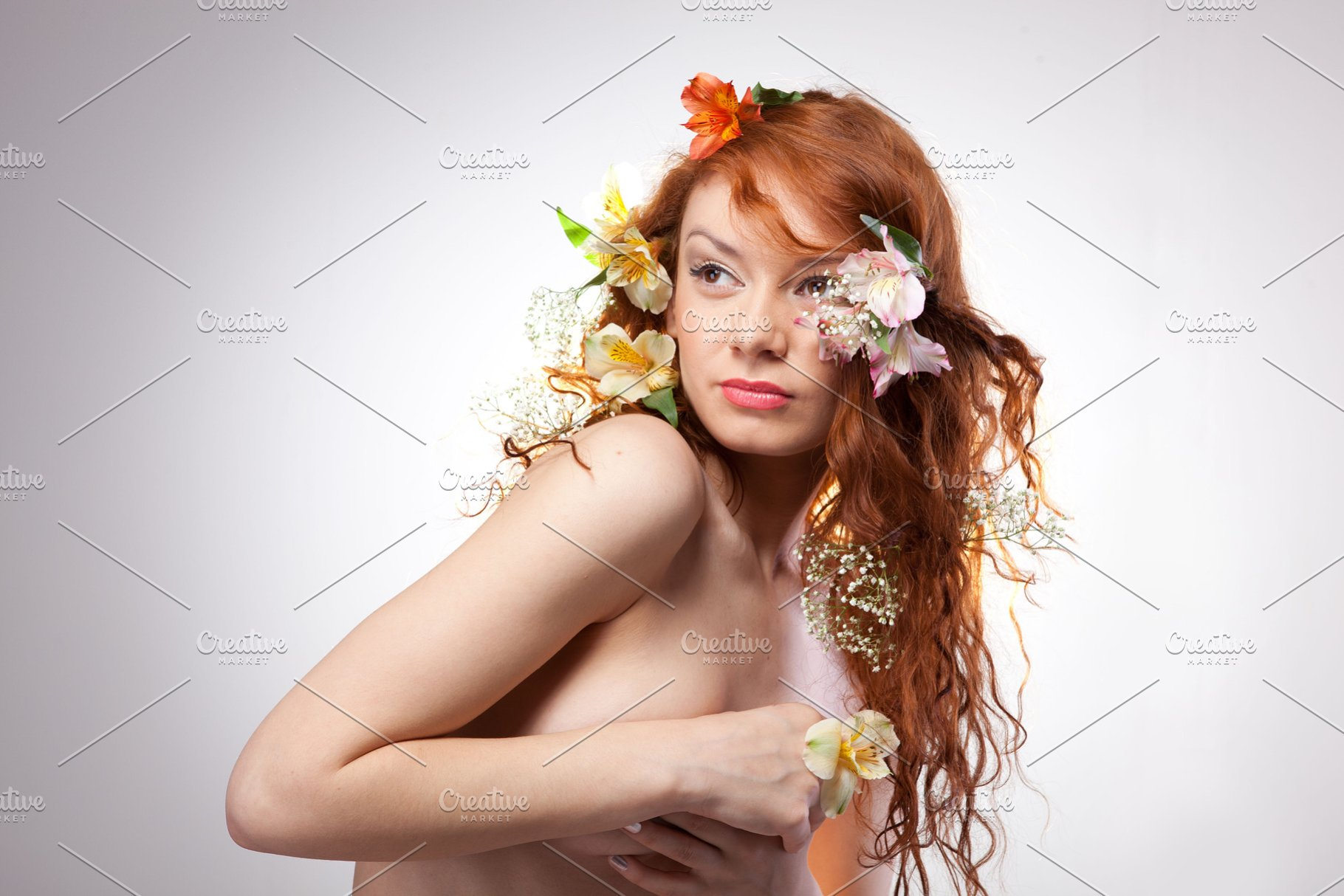 Portrait Of Beautiful Naked Woman High Quality People Images