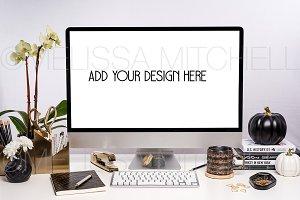 iMac Autumn Styled Mockup #106