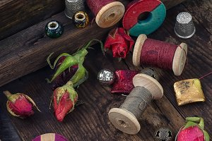 Thread with beads for needlework