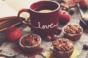 Apple muffins and tea