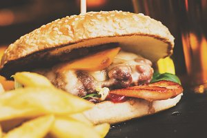 Nice cheesburger