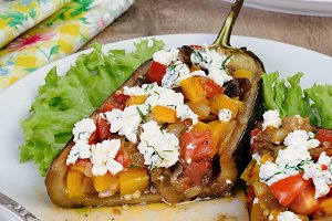 Stuffed eggplant with vegetables