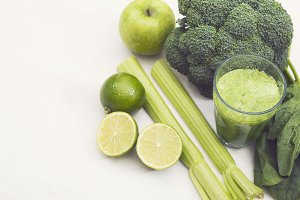 Green smoothie hero header