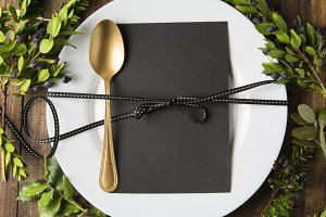 menu place setting with empty card