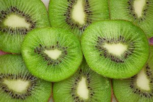 tasty kiwi slices