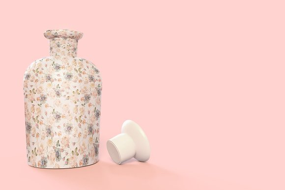 Pattern&Label Parfum Bottle Mockup in Product Mockups - product preview 4