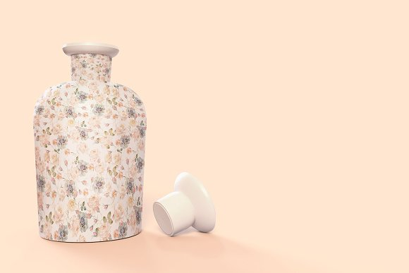 Pattern&Label Parfum Bottle Mockup in Product Mockups - product preview 5