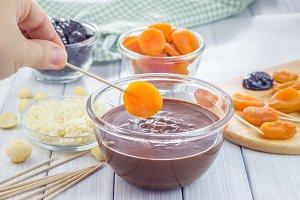 Chocolate apricot2-180.jpg