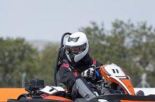 gokart pilot driving