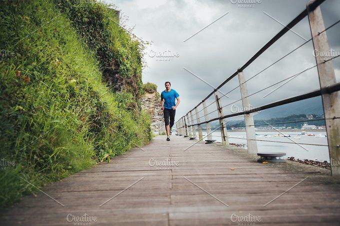 Lonely runner man.JPG - Sports