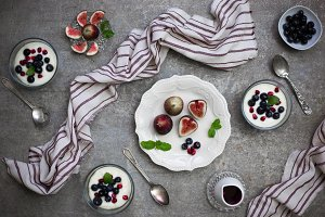 Breakfast Figs & Yogurt Fruit Cups