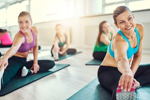 Healthy women in a fitness class