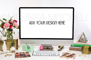 iMac Feminine Styled Mockup #115