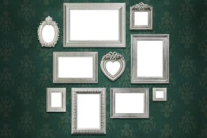 Family portrait frames set