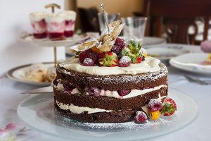 Red fruit cake