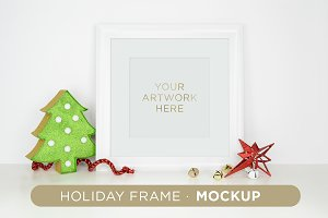 Holiday Frame Mockup B01