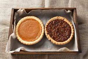 Pumpkin and Pecan Pies