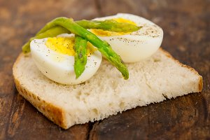 asparagus and eggs 019.jpg