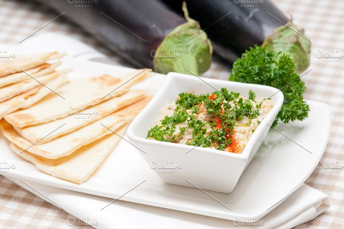 Baba Ghanoush eggplant dip and pita bread 16.jpg - Food & Drink
