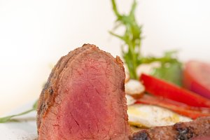 beef filet mignon grilled with vegetables 006.jpg