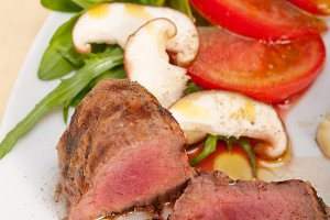 beef filet mignon grilled with vegetables 008.jpg