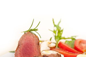 beef filet mignon grilled with vegetables 013.jpg