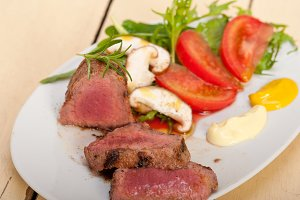 beef filet mignon grilled with vegetables 015.jpg