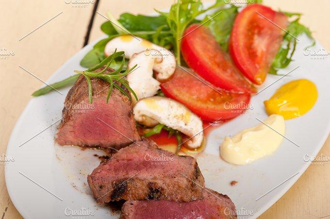 beef filet mignon grilled with vegetables 016.jpg - Food & Drink