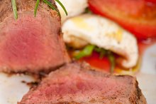 beef filet mignon grilled with vegetables 021.jpg