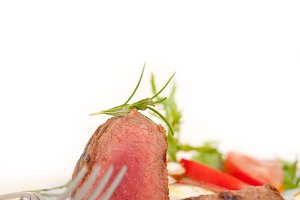 beef filet mignon grilled with vegetables 032.jpg