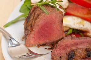 beef filet mignon grilled with vegetables 035.jpg