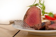 beef filet mignon grilled with vegetables 039.jpg