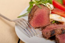 beef filet mignon grilled with vegetables 040.jpg