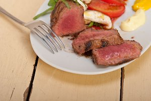 beef filet mignon grilled with vegetables 042.jpg