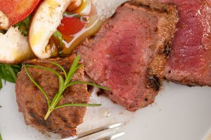 beef filet mignon grilled with vegetables 047.jpg