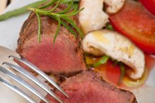 beef filet mignon grilled with vegetables 050.jpg