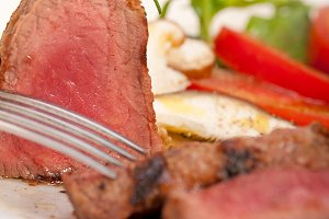 beef filet mignon grilled with vegetables 053.jpg