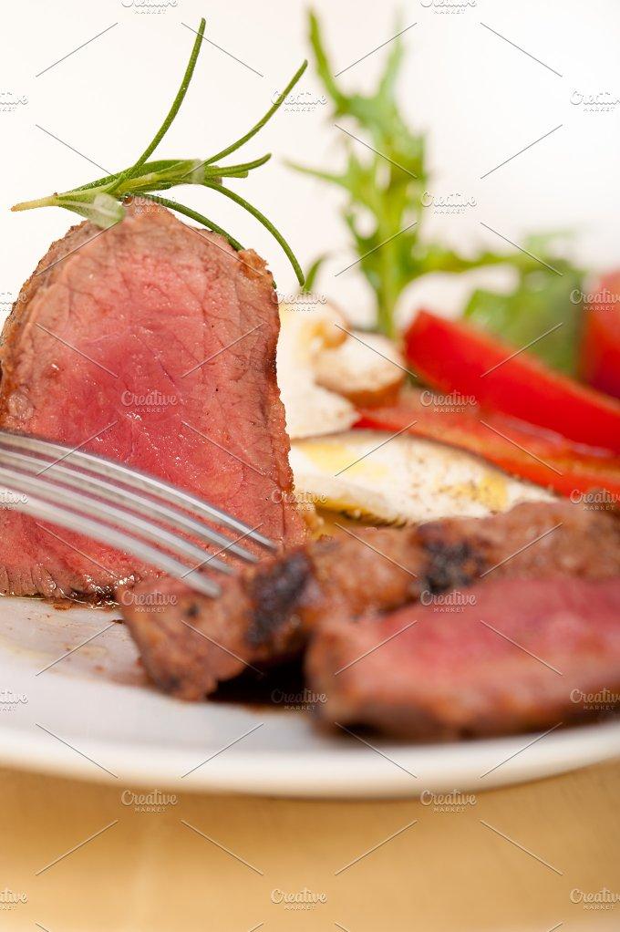 beef filet mignon grilled with vegetables 053.jpg - Food & Drink