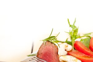 beef filet mignon grilled with vegetables 055.jpg