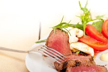 beef filet mignon grilled with vegetables 056.jpg