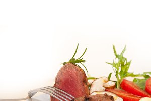 beef filet mignon grilled with vegetables 058.jpg