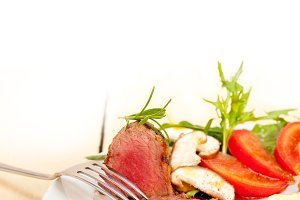beef filet mignon grilled with vegetables 059.jpg
