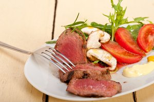 beef filet mignon grilled with vegetables 061.jpg