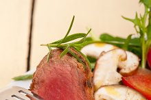 beef filet mignon grilled with vegetables 064.jpg