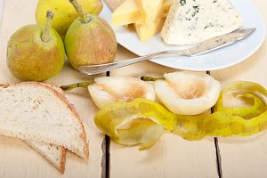 cheese and fresh pears 003.jpg