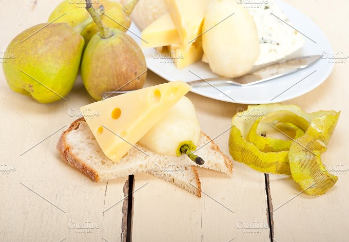 cheese and fresh pears 034.jpg - Food & Drink