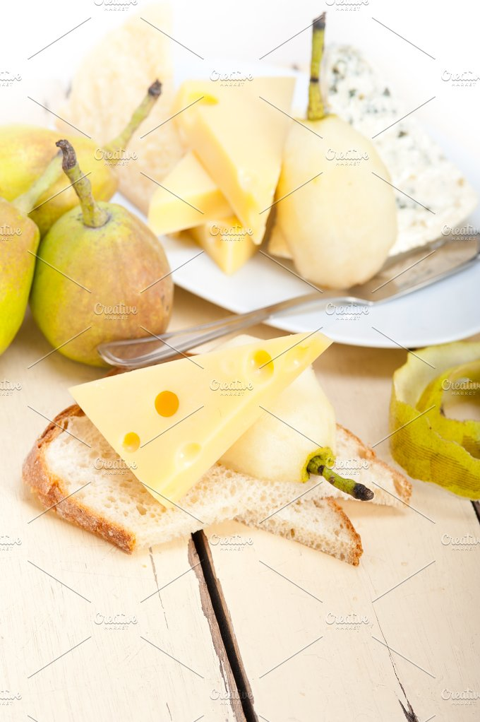 cheese and fresh pears 043.jpg - Food & Drink