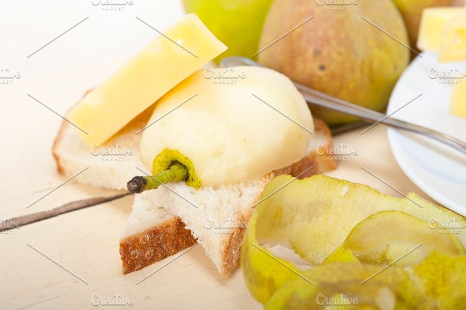 cheese and fresh pears 056.jpg - Food & Drink
